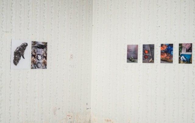 On tilted ground installationshot digitale werken